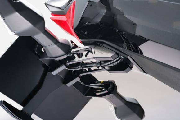 STRIKERアルミビレットフェンダーレスキット『Kawasaki Ninja ZX-25R/SE』