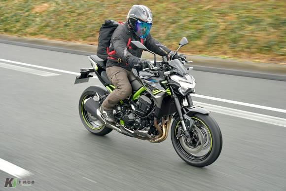 2020年モデル Z900 高速道路走行