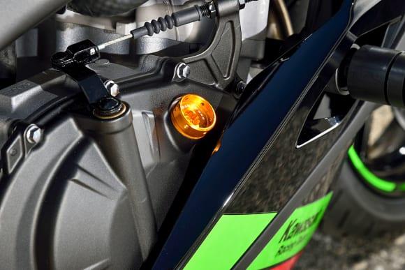 ベビーフェイス Ninja ZX-25Rカスタム車 オイルフィラーキャップ