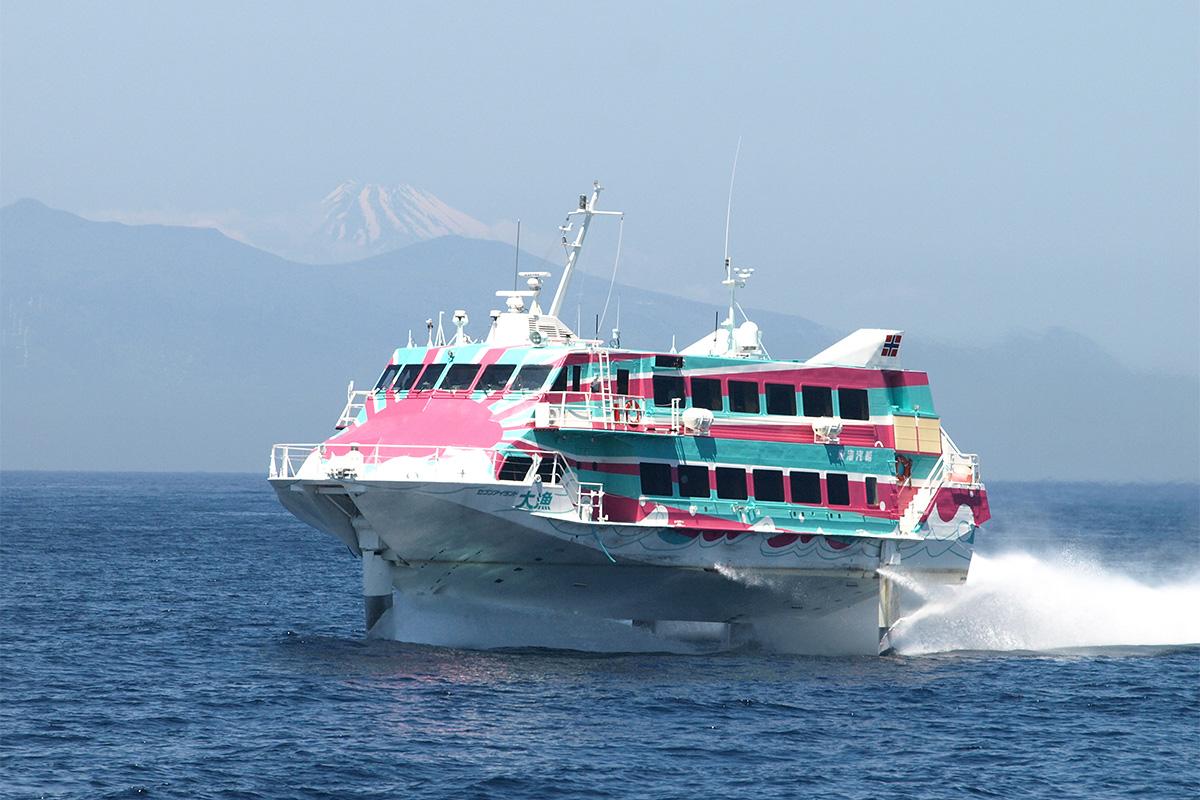 東海汽船 セブンアイランド 大漁