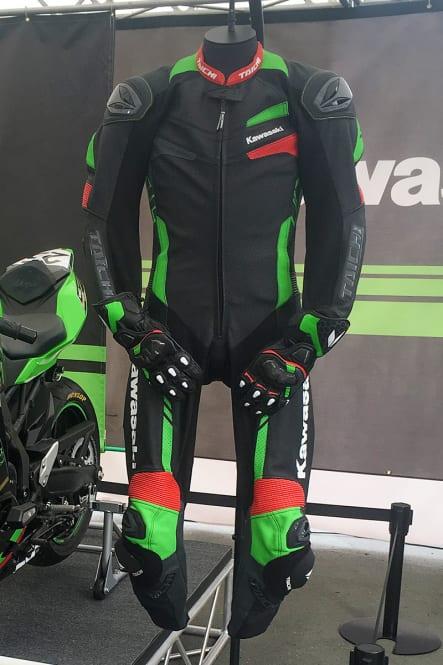 カワサキ×RSタイチ 公式レーシングスーツ タイプA