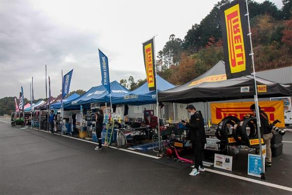 モリワキとヨシムラのバトルも堪能!「Z900RS&CAFE CLUB走行会」