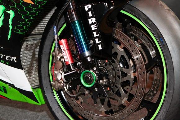 """カワサキワールド モーターサイクル企画展 """"The Champ〜頂点に輝いたマシンたち〜 2020 Ninja ZX-10RR KRT WSBK ブレーキ"""