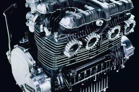 カワサキ初の並列4気筒 〜1972 Z1〜
