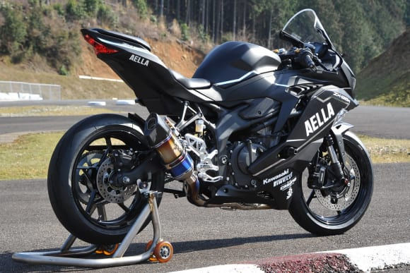 AELLA + R's Gear リアルスペックマフラー Kawasaki Ninja ZX-25R チタングラデーション