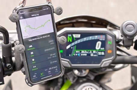 カワサキ車のスマートフォン接続機能を検証