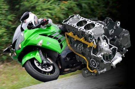 カワサキらしい最強エンジン、Ninja ZX-14Rのメカニズムとフィーリングとは?