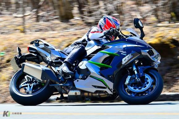 過給によって魅力が深化。スーパーチャージドエンジンの乗り味を検証 Ninja H2 SX SEの走り