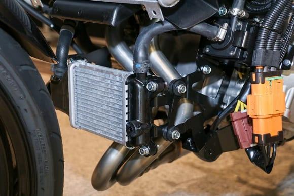 EVと水素エンジンへのカワサキの挑戦 電動モーター用のラジエター