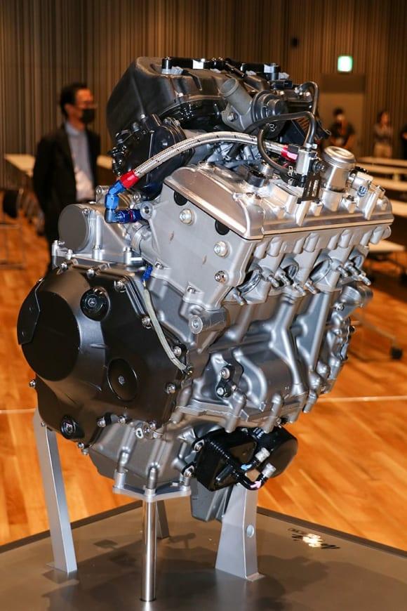 EVと水素エンジンへのカワサキの挑戦 燃料ライン