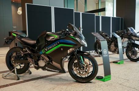 カワサキモータース EVプロジェクト 展示車両